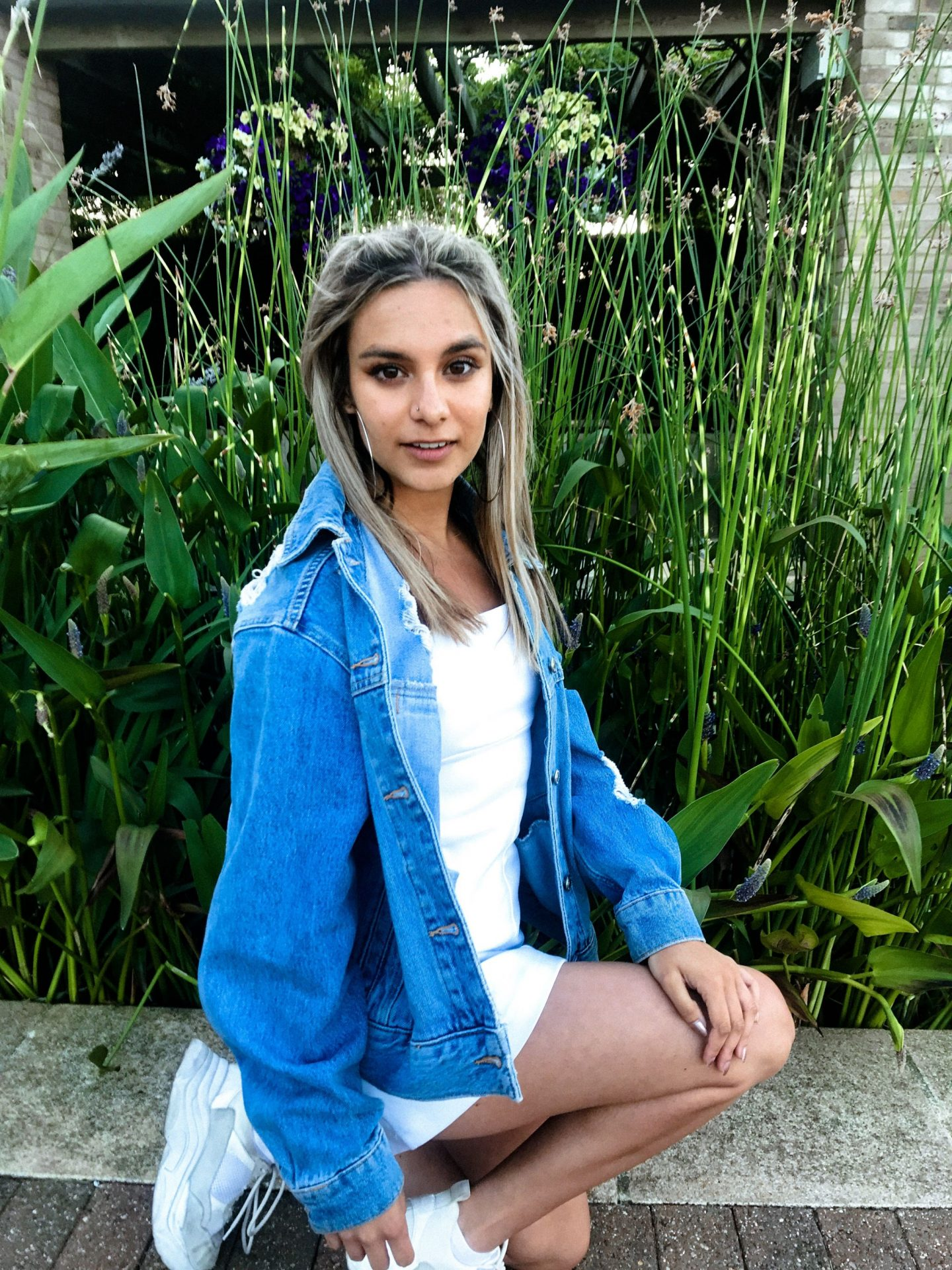 yasmin stefanie wimbledon urban outfitters white audrey slip dress topshop denim jacket ciara chunky trainers
