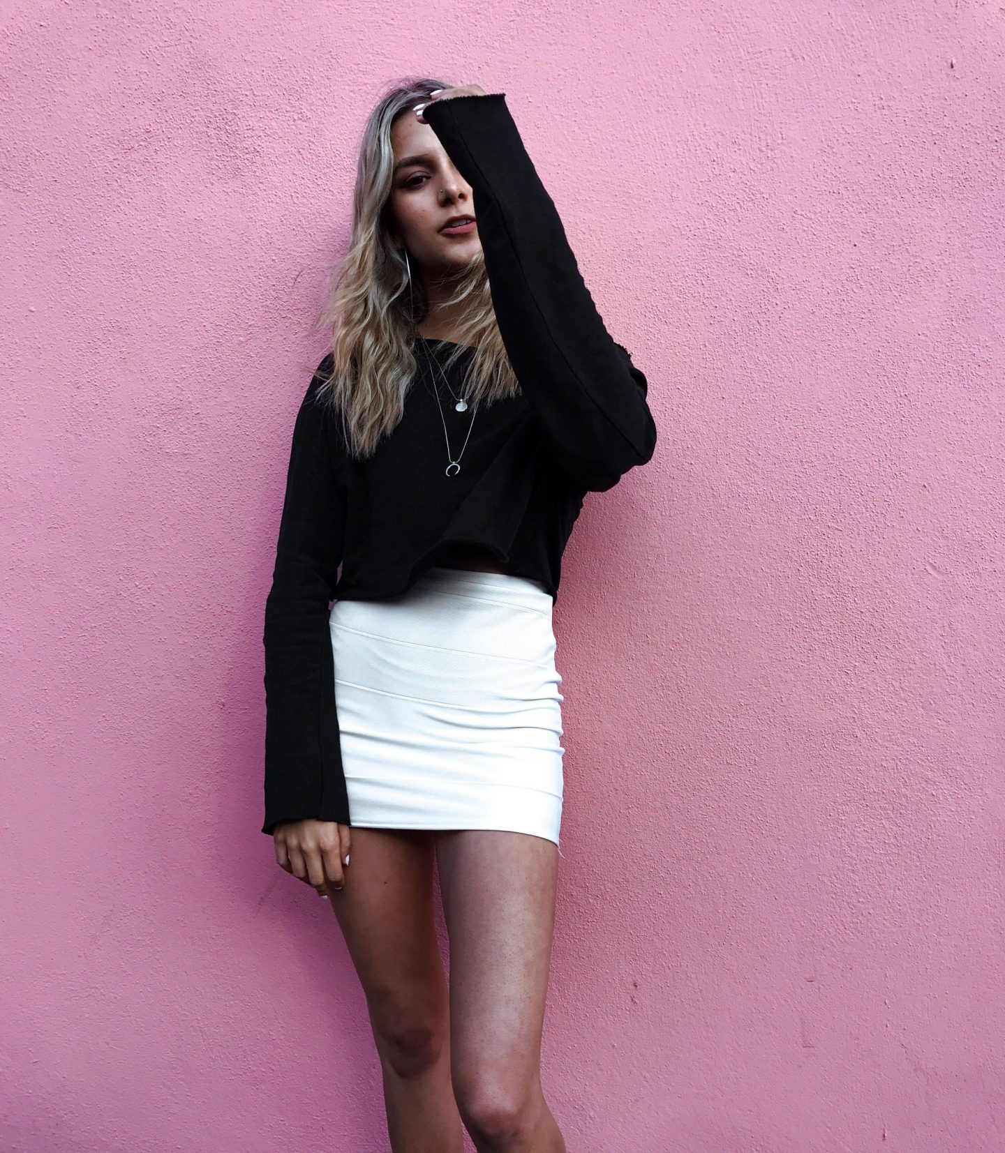 yasmin stefanie street style pink wall bandage skirt tennis points to defend